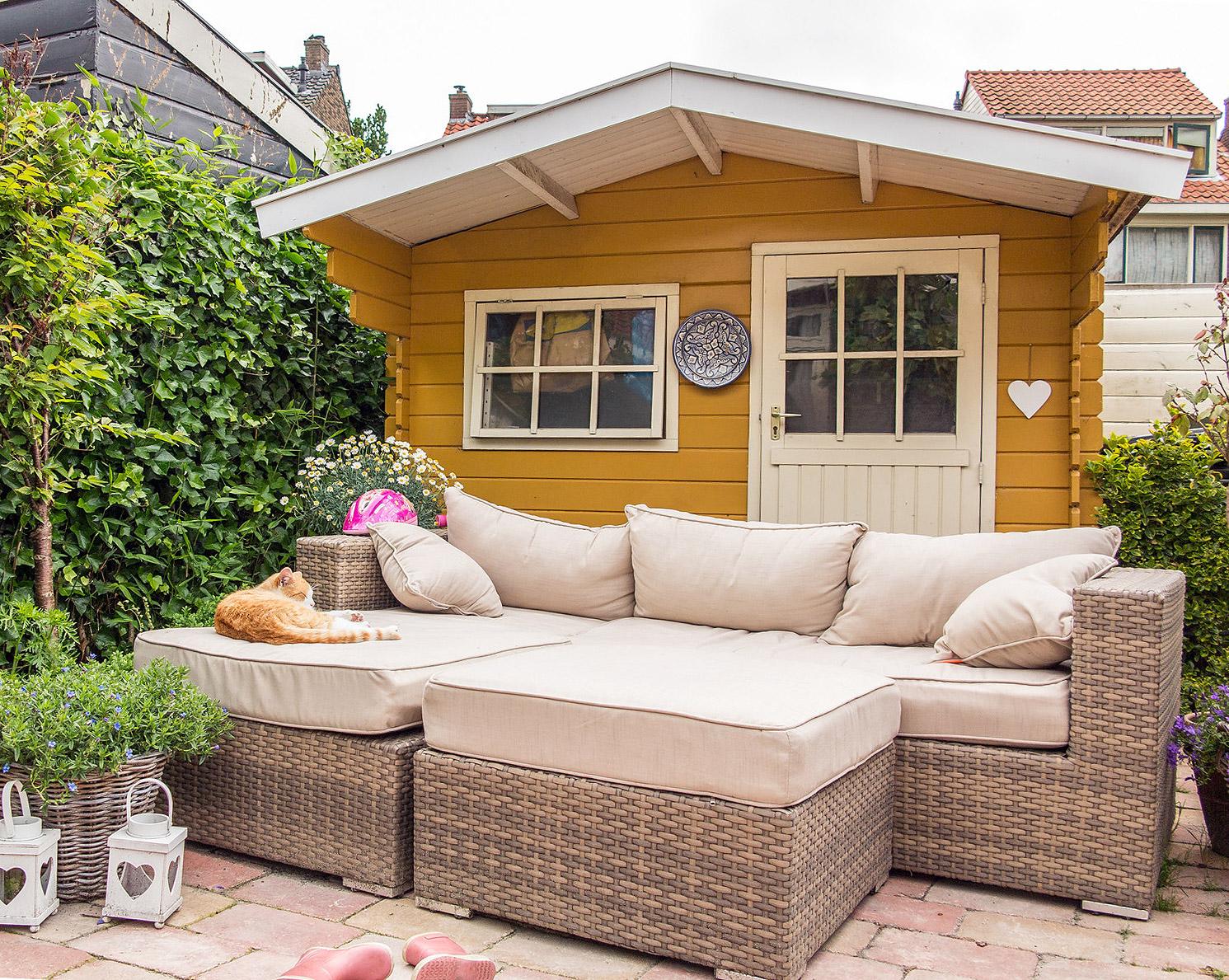 hauswand farbig gestalten carport streichen der gro e ratgeber f r heimwerker fassaden farbig. Black Bedroom Furniture Sets. Home Design Ideas